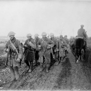 canadians_return_from_trenches_on_the_somme_nov_1916_lac_3194728