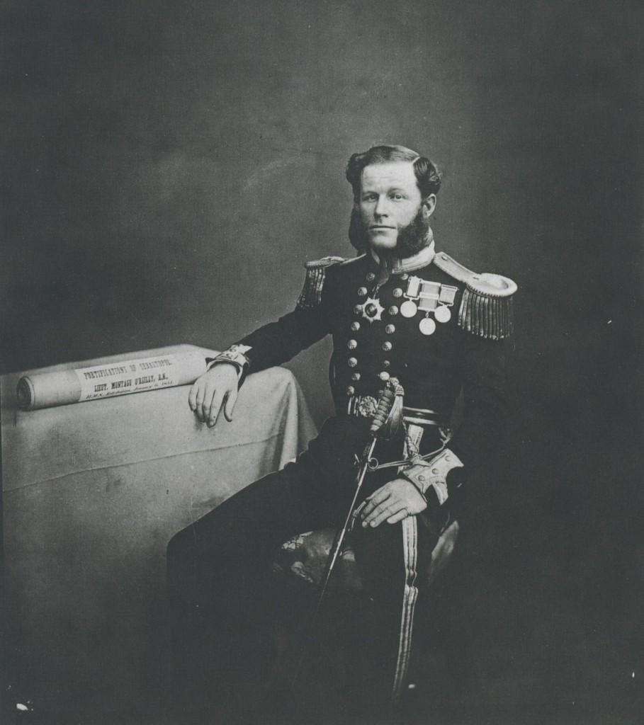 Fig. 1: Lieutenant Montagu O'Reilly by Roger Fenton c. 1855 (The Gernsheim Collection, Harry Ransom Humanities Research Center, Austin Texas)